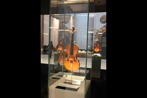 Antonio Stradivari Sunrise violin, 1677